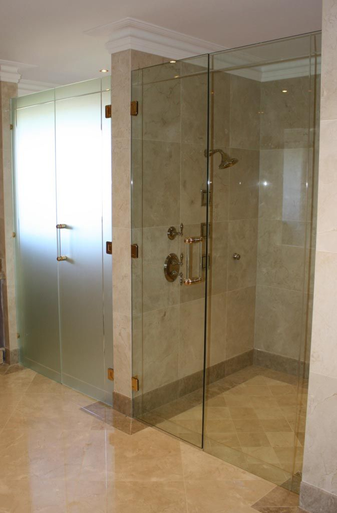 Glass shower doors for guest bathroom - Glass Xpressions, Gold Coast - http://www.glassxpressions.com.au/