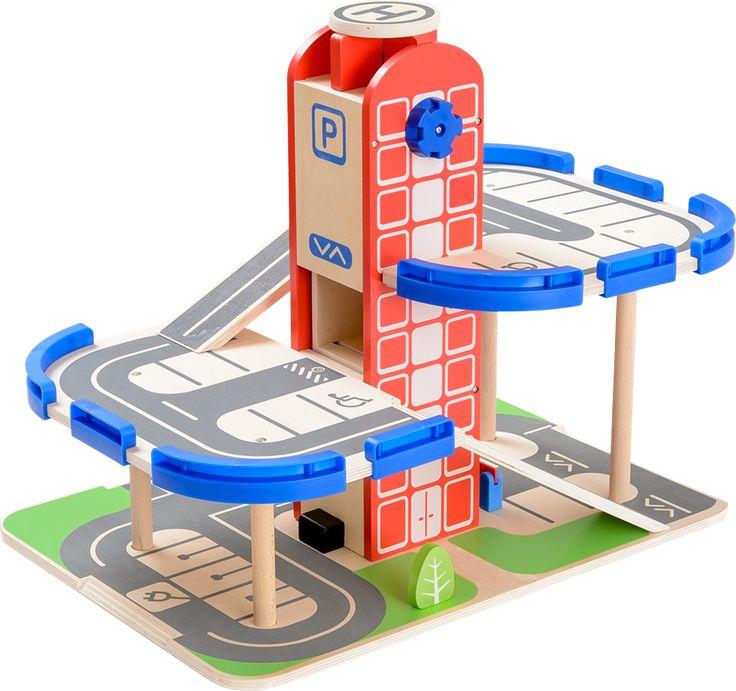 BR parkeringshus Parkeringshus i flera våningar för småbarnNu susar vi nerför ramperna! Sätt fart på barnets fantasi med det här roliga BR-parkeringshuset som har flera våningar. Parkeringshuset har ramper där leksaksbilar kan köra, löstagbara räcken, hiss som kan vevas upp, bensinpump, laddningsstation och till och med en helikopterplatta!