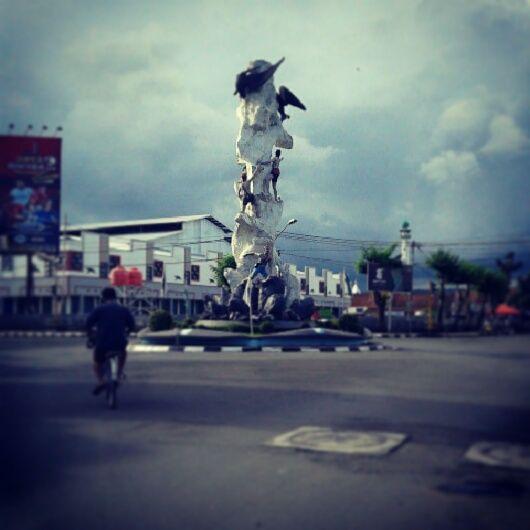 Tugu Walet Kebumen #kebumen #indonesia #centraljava