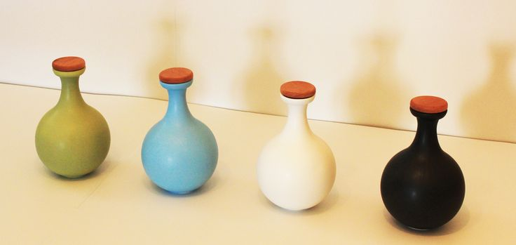 Antlia Amhpora material: #Ceramic #Stoneware, #Decanter / #Bottles   Colours : White,Black,Olive, and Turguoise