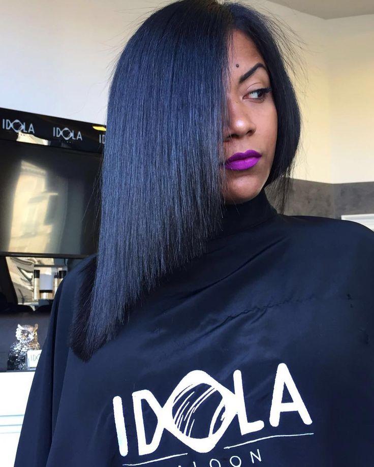 Ti piace l'Idea di una mezza lunghezza?Prova il Nostro Caschetto Lungo💥Un taglio corto molto femminile e sbarazzino che può adattarsi a tutte le donne✂️ Noi ci troviamo a Piazza nazionale 42a 43 📞PER INFO: 081201024 ✅WHATSAPP: 3317443476 ✂️HAIR IDOLA SALOON  #idola #saloon #parrucchieri #arte #napoli  #fashion #hair #cut #Napolistyle#amalfi #portici #salerno #sorrento #Ischia #procida #capri #caserta #salerno #Bari #firenze #roma #milano #blogger #wedding #ombrehair #extension