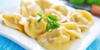 La cottura al vapore permette di preparare tante ricette leggere dall'antipasto al dolce. Infatti al vapore non si cuociono soltanto il riso e le verdure ma anche i muffin, le torte e i biscotti. La c