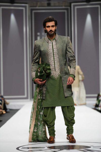 Naumeen Arfeen: Pakistan Fashion Week  2016
