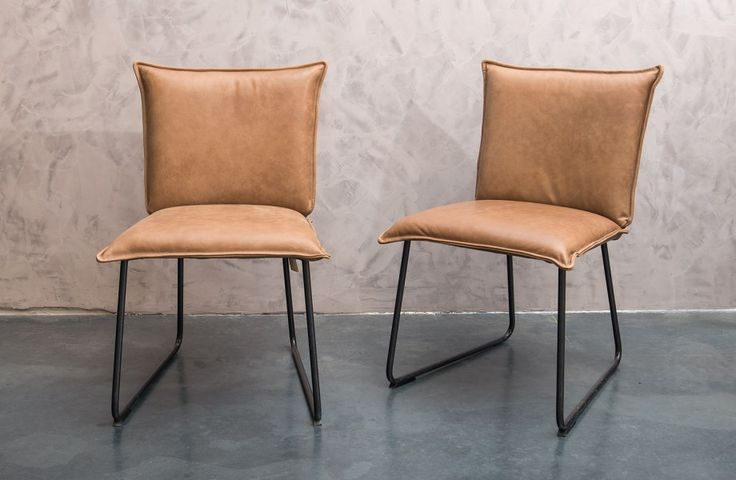Supercomfortabele lederen stoelen - Leather dining chairs - Naturel (Tan) colour - Comfort and style - #WoonTheater