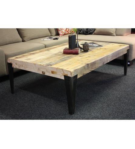 Stoly a stolky : Konferenční stolek staré dřevo / kovové nohy | Decorliving.cz