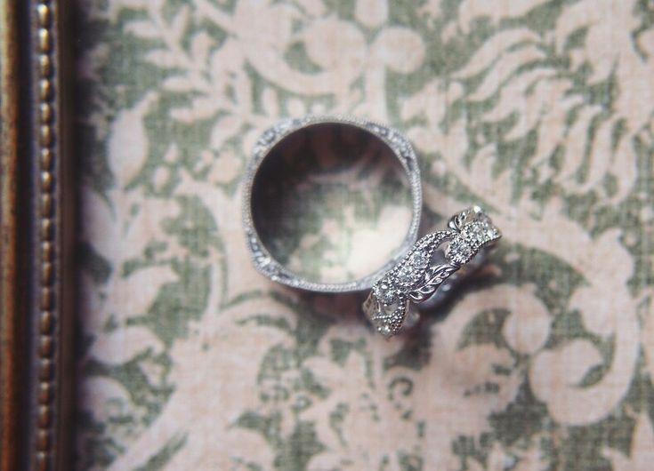 Vintage wedding rings. Винтажные обручальные кольца из белого золота с бриллиантами.