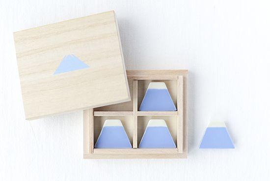 クラスカ/富士山の箸置き - 北欧雑貨と北欧食器の通販サイト  北欧、暮らしの道具店