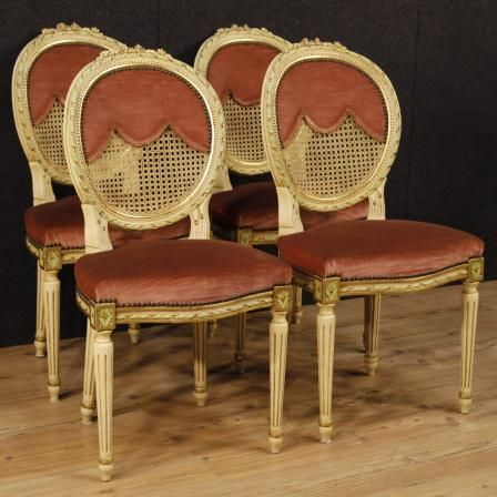 800€ Group of four lacquered and golden chairs in Louis XVI style. Visit our website www.parino.it #antiques #antiquariato #furniture #lacquer #antiquities #antiquario #chair #armchair #fauteuil #decorative #interiordesign #homedecoration #antiqueshop #antiquestore #gold #golden #lacquered