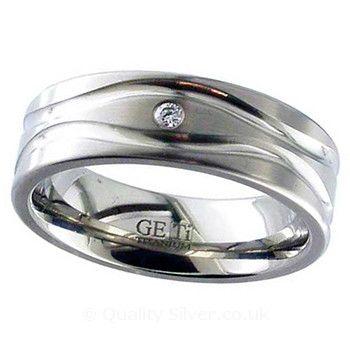 Geti Titanium and Diamond Waved Ring