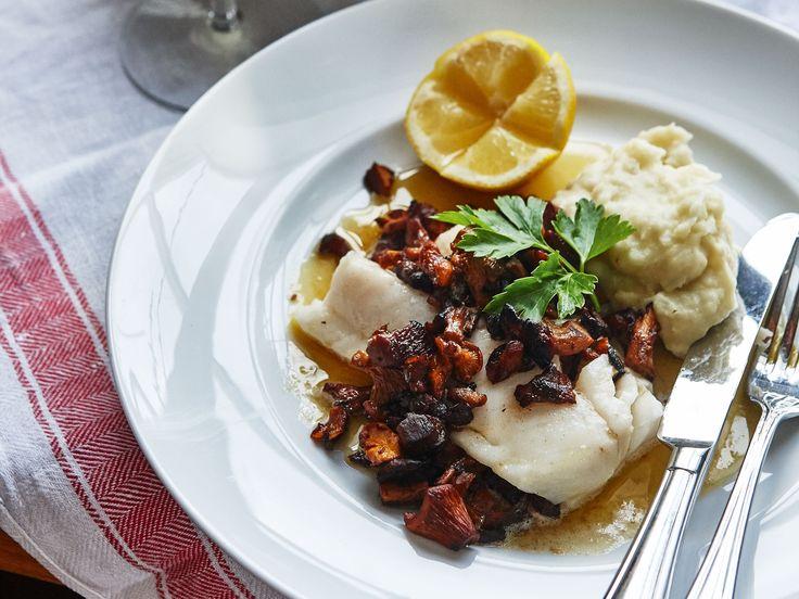 Torskrygg med jordärtskockspuré | Recept från Köket.se