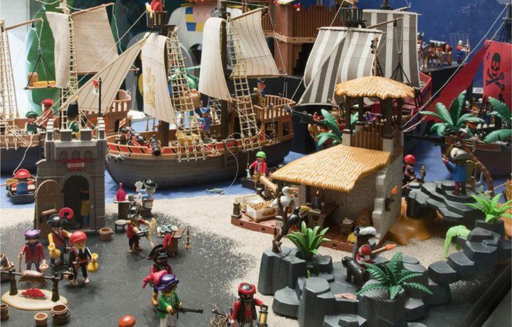 Playmobil Pirates diorama