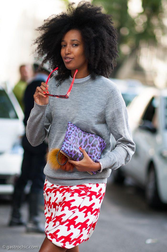 Wonderland editor Julia Sarr-Jamois: Street Style, Over Sweaters, Juliasarrjamoi, Wraps Skirts, Pencil Skirts, Big Hair, Julia Sarrjamoi, Julia Sarr Jamoi, Street Chic