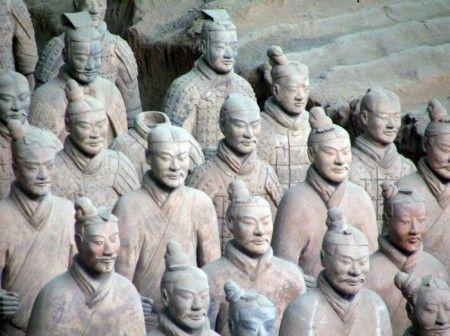 Guerreros de Terracota de Xian, en la Fosa 1 de las excavaciones