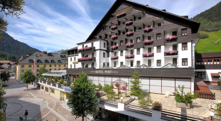 Hotel Post Sankt Anton am Arlberg Combing modern facilities with a traditional style, this family-run 4-star hotel is right in the centre of St. Anton, just 200 metres from the Galzigbahn, Gampenbahn and Rendelbahn Cable Cars and the Arlberg Ski Region.