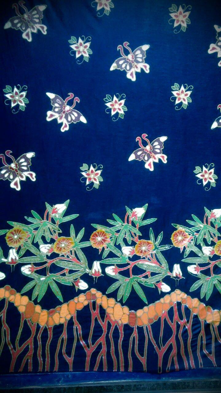 Motif bunga rosella Kupu kupu