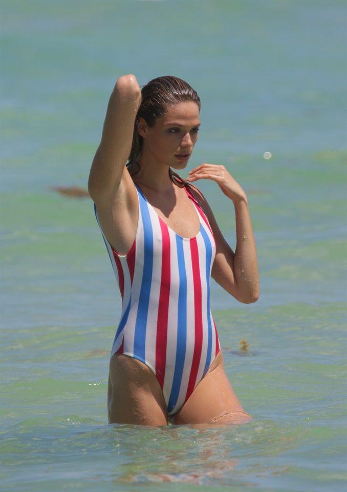 Moda: #Capelli: #unestate da #sirena (link: http://ift.tt/2abmI4q )