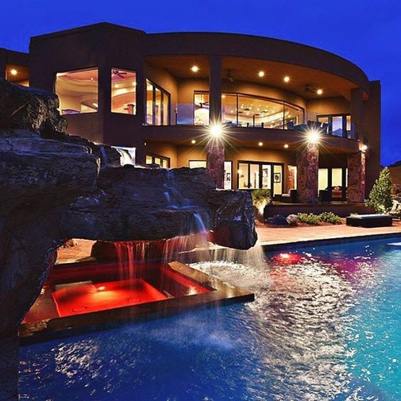 54 stunning dream homes mega mansions from social media for Las vegas dream homes