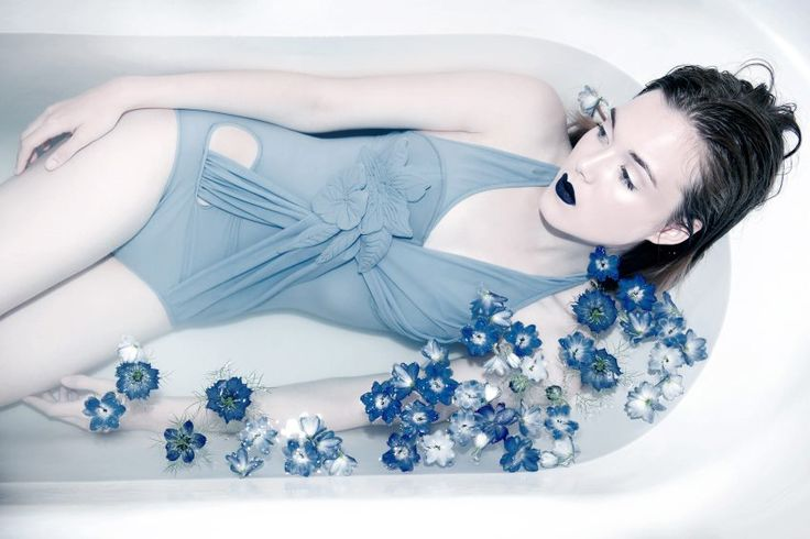 37 best images about shooting mode salle de bain on for Salle de bain mode