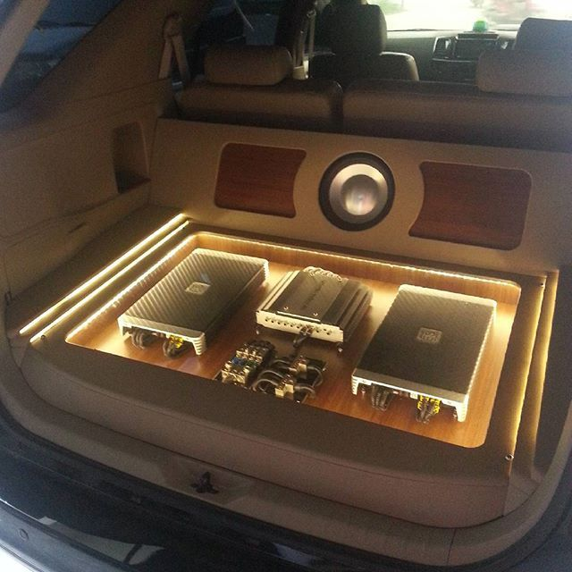 Toyota SUV rear hatch wood floor car audio amp rack leds distribution trunk subwoofer custom trunk install