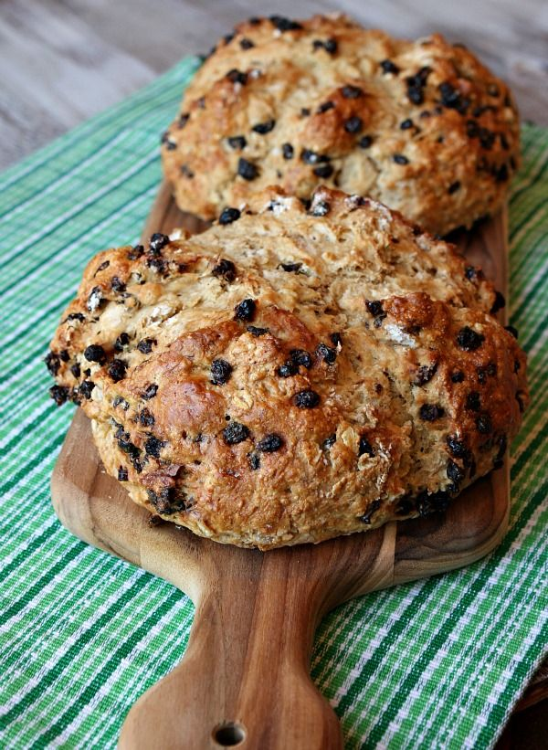 Irish soda bread-no yeast required: Recipe Girls, Brown Sugar, Butter Sodas, Irish Sodas, Honey Cinnamon Butter, Brown Butter, Happy St., Sodas Breads, Cinnamon Honey Butter