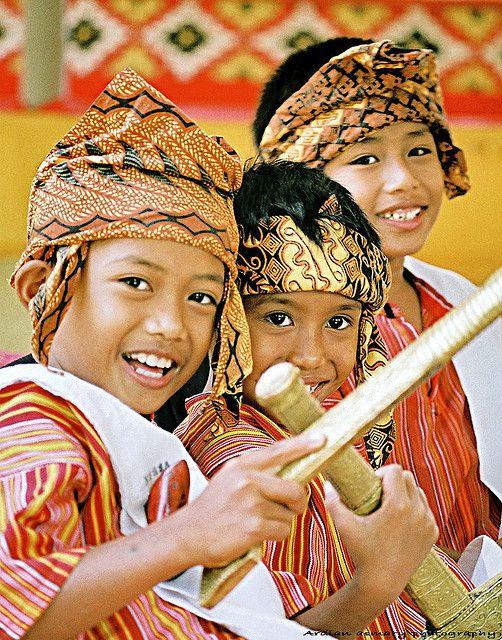 Toraja Kids , South Sulawesi , Indonesia
