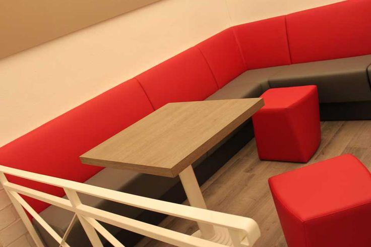 Progettazione e realizzazione arredamento per BAR – PANINOTECA – SALA SLOT, a Milano. Progetto realizzato in collaborazione con Giorgio Michelotto. Esecuzione arredo GM Arredamnti http://www.rmgproject.com/ http://www.arredamentolocalinegozihotel.com/  #arredamento #bar #salaslot #paninoteca #milano #contract #chiaviinamano