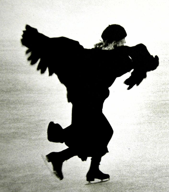 """Photographer Unknown, Joni Mitchell 1976 - """"I wish I had a river I could skate away on."""""""