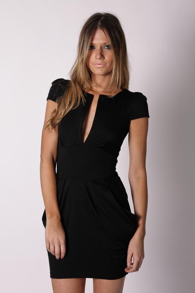 : Cute Black Dresses, Sexy Dresses, Chic Dresses, Black Food, Carrie Dresses, Little Black Dresses, Classy Black Dresses, Sexy Black Dresses, Classic Black Dresses