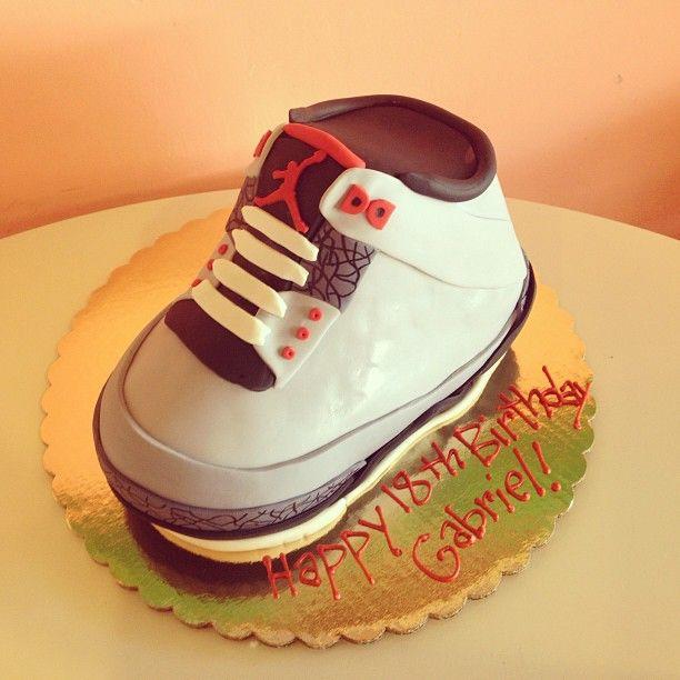 Air Jordan Retro 3 Cake / 2tarts Bakery / New Braunfels, TX / www.