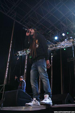 Colaboración de Fyahbwoy con Iván Nieto - Viña Rock 2014
