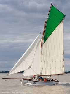 SU 120. Itchen Ferry boat Wonder. Registered SU for Southampton.