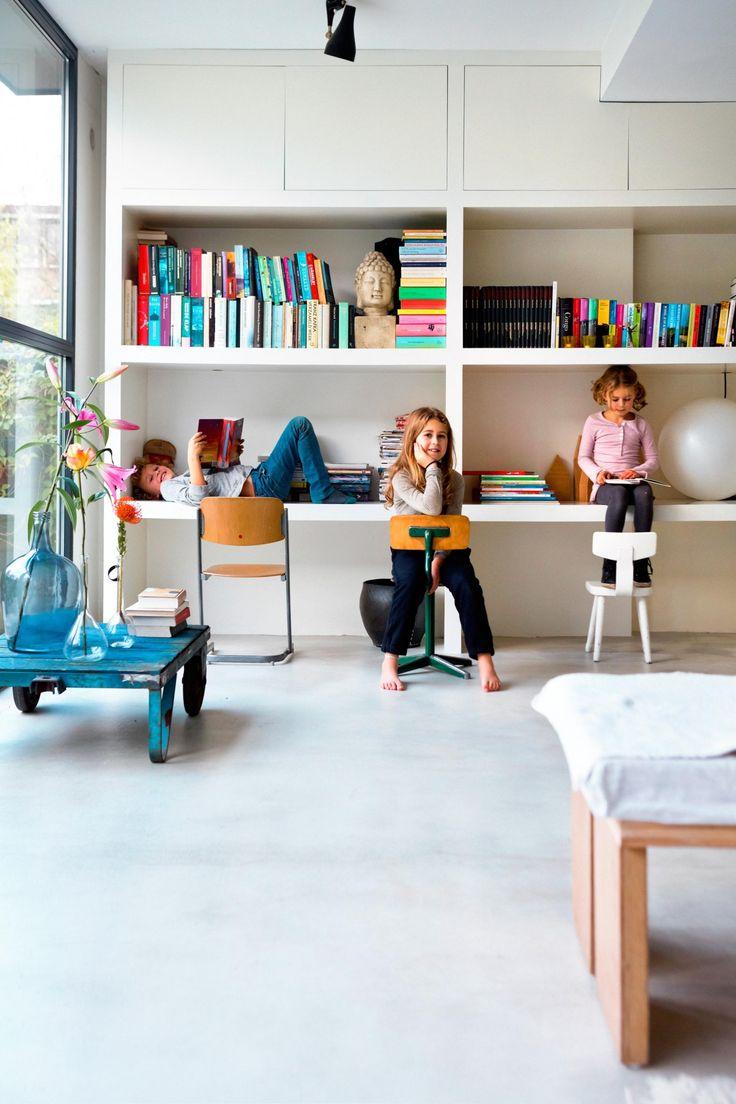 25 beste idee n over speelkamerkast op pinterest speelkamers speelkamer opbergruimte en - Studio opslag ...