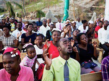 A pesar de la devastación en Haití, después del huracán Matthew, cientos de cristianos fueron al culto el pasado domingopara dar gracias a Dios. Muchos...
