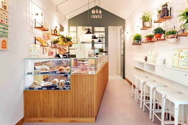 """Nanù è una casetta di soli 50 mq dall'anima """"green"""" dove poter gustare un pasto sano e ricco di vitamine. #bagel #salad #juice #vegan #veggie #loveyourself #Nanù #Roma www.nanubagelbar.it/"""