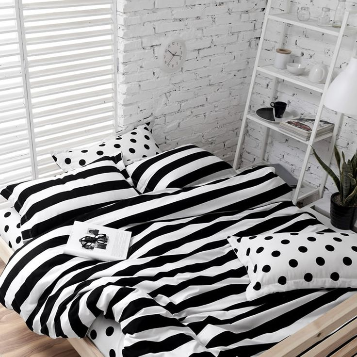 Soft Cotton Polka Dot and Stripe Bedding Sets White Black 4 Pieces Bedlinens Twin Queen King Reversiable Duvet Cover Sets US $89.99 - 109.99