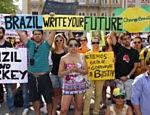 Folha de S.Paulo - Cotidiano - Munique abriga ato em apoio a protestos no Brasil com 500 pessoas - 18/06/2013