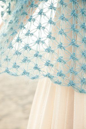 Crochet Knot Stitch Shawl : Solomon, Crochet shawl and Knots on Pinterest