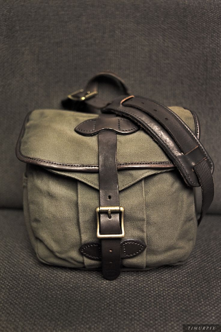 FILSON Small Field Bag Best with small bins and notebook