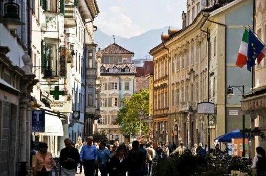 Picture of Bolzano, pics of Italy, visit Italy