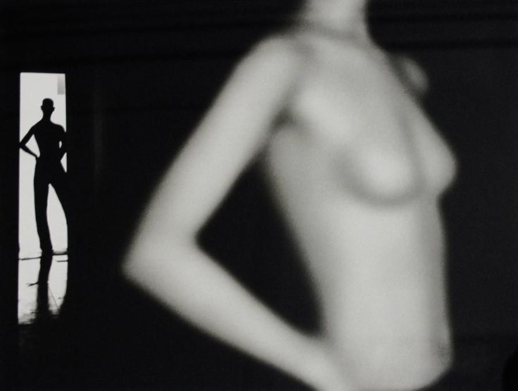 John Hilliard - Esposizioni - Studio Dabbeni -, curated by Will Patera on Buamai.