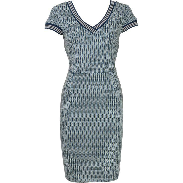 jurk julianne king louie met vhals van biologisch katoen. King louie komt uit Nederland en deze jurk is GOTS gecertificeerd. Mooie print, sportieve look