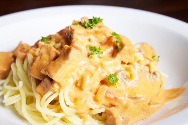 Duivelse pasta met tempeh - snel klaar | veganistisch koken - heerlijke plantaardige recepten