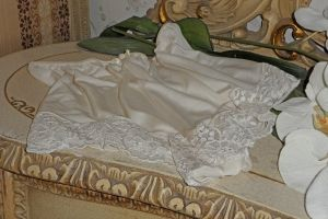 Bröllopsunderkläder i Siden Trosor - La Reine Inredningar