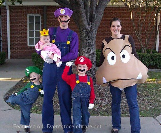 mario brothers group halloween costume they made mom a goomba srsly - Halloween Costume For Brothers