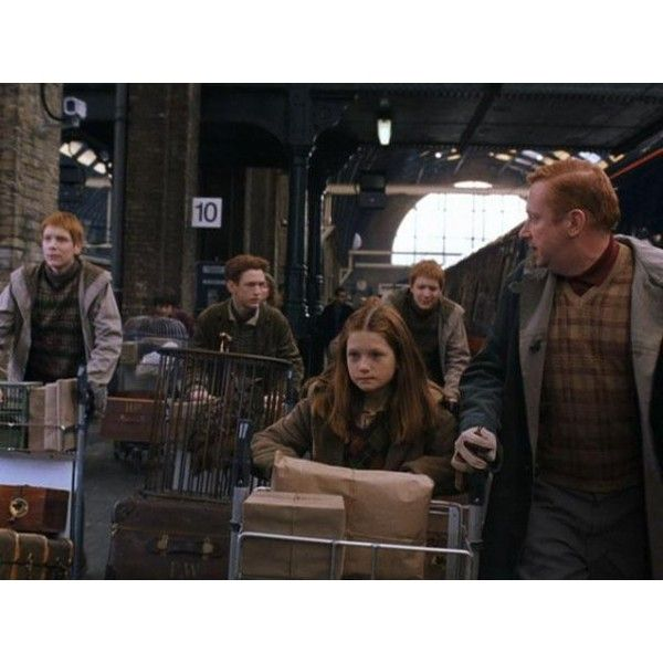 Джинни Уизли ▪ Ginny Weasley | 432 фотографии ❤ liked on Polyvore featuring harry potter and bonnie wright