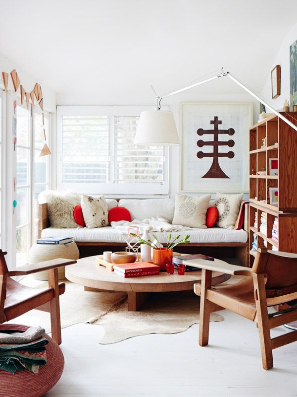 """On Hither & Thither: """" ...last week, when Eva at Sycamore Street Press posted lovely light-filled images of living rooms, and coined the phrase """"minimal bohemian"""" to describe the aesthetic she had just recognized as hers... I felt like saying, """"Yes!"""" """"Exactly!"""" """"Mine too!"""" Minimal. Bohemian. Love it.""""   Room by Mark Tuckey originally on The Design Files"""
