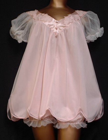 Adorable vintage babydoll nightie with cutest pantaloons with sheer ruffle at bottoms!  All nylon. Late 60s, maybe late 50s