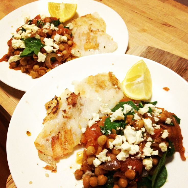 Sunday night dinner - #12wbt Spanish Chickpeas with Spinach, Tomatoes & Grilled Fish - delicious!