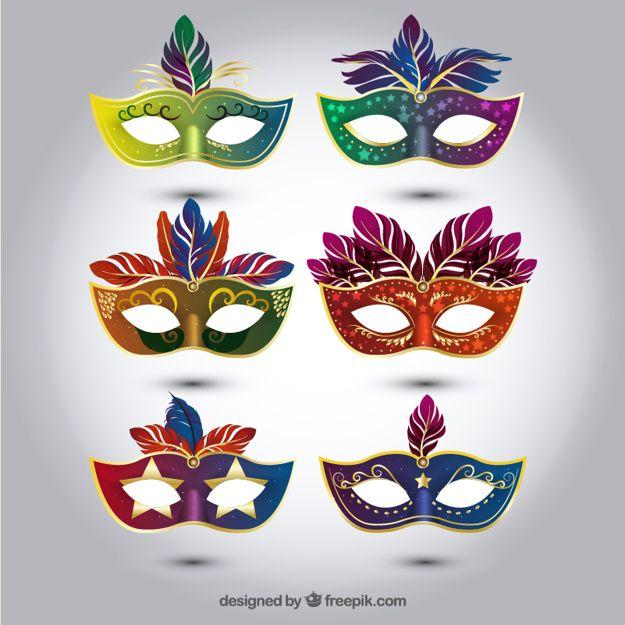 Seleção de coloridas máscaras de carnaval em estilo realista Free Vector