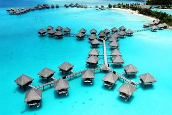 Le Meriden, Bora Bora. This is where I went for my honeymoon! Want to be back there now! So beautiful :)